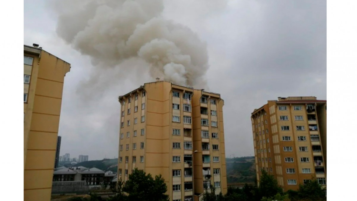 13 Katlı Binada yangın Çıktı