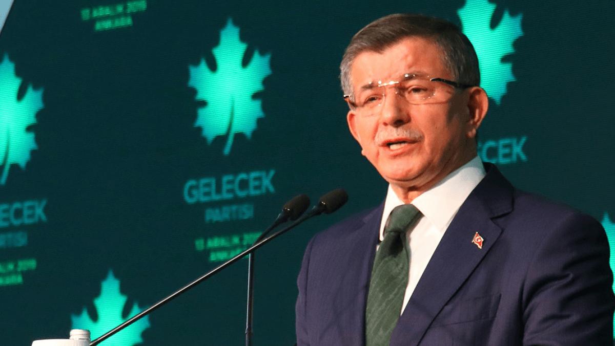 """Davutoğlu'ndan Erdoğan'a """"Televizyonda Tartışalım"""" Daveti"""