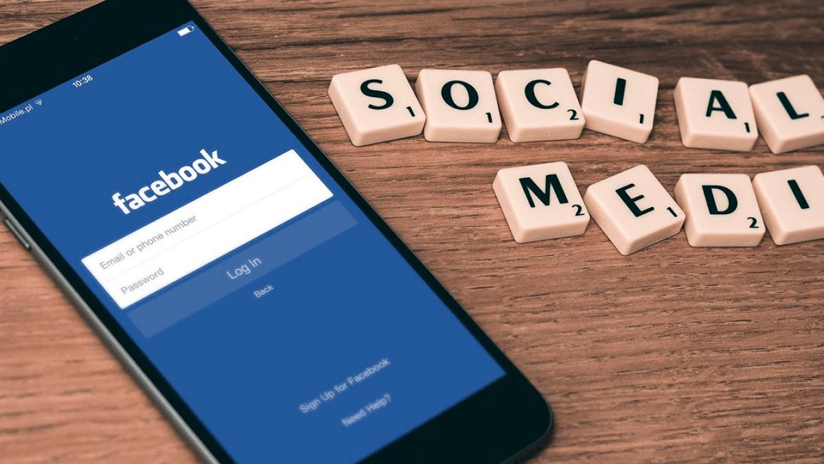 Facebook, İnstagram Kullanıcılarını Gözetliyor Olabilir Mi?