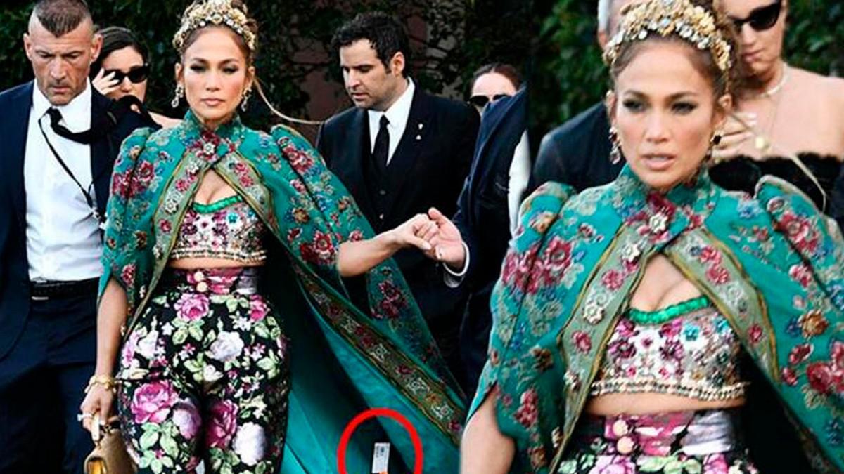 Güzel Şarkıcı Jennifer Lopez Elbisesindeki Fiyat Etiketini Çıkarmadı