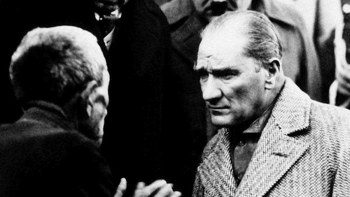 """Kaftancıoğlu'ndan Sözcü Gazetesine """"Atatürk"""" Ayarı"""