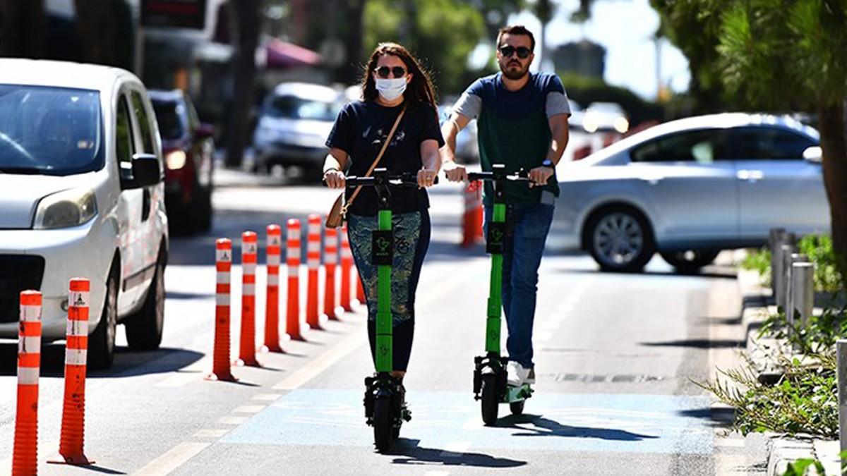 O Şehirde Elektrikli Scooter Kullanımına Düzenleme Getirildi