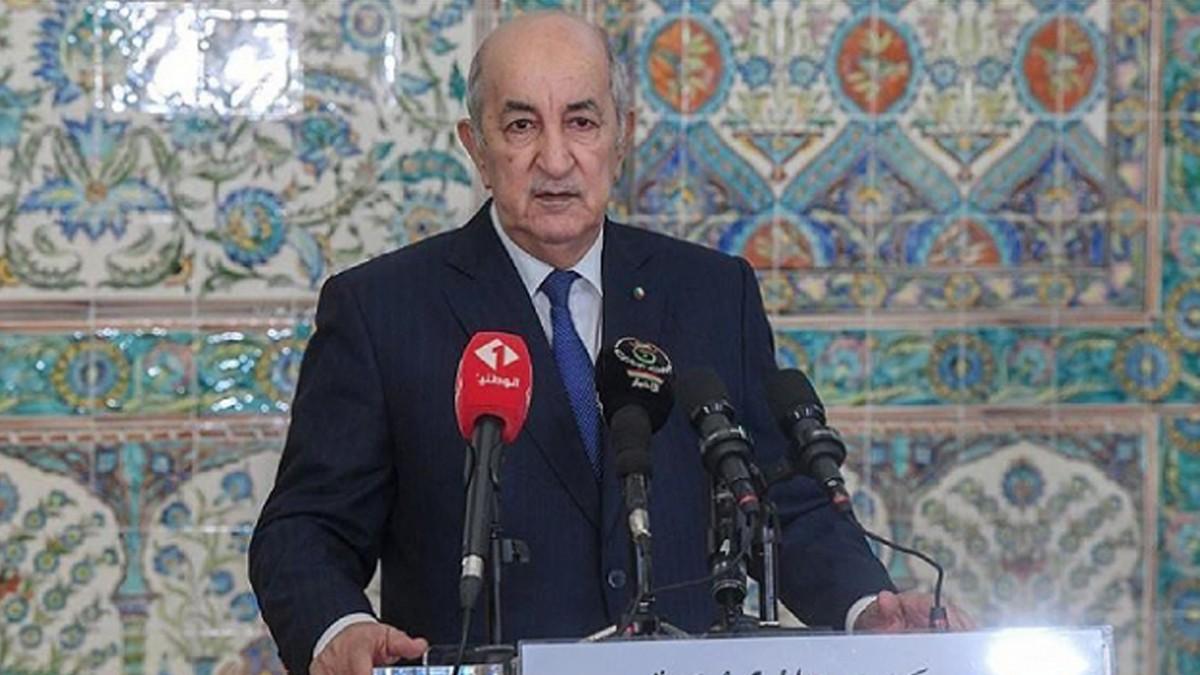 O Ülkenin Cumhurbaşkanı Meclisi Feshetti