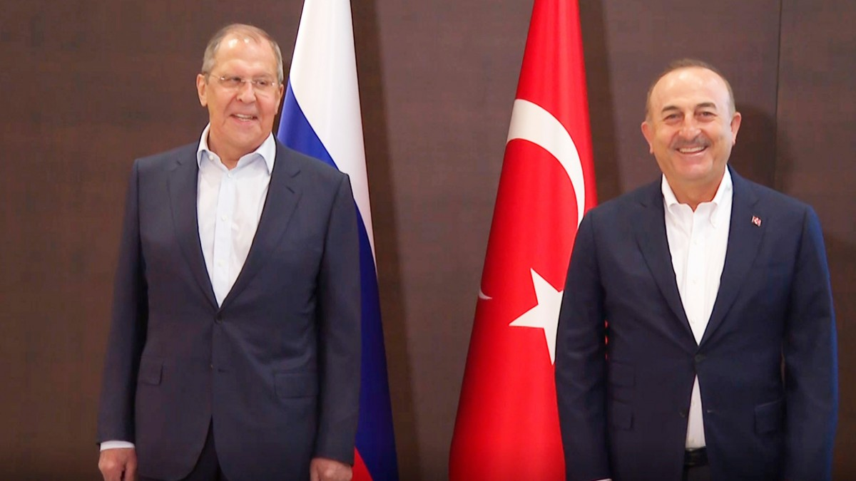 Rusya Dışişleri Bakanı Sergey Lavrov ile Dışişleri Bakanı Mevlüt Çavuşoğlu, Antalya'da Görüşüyor